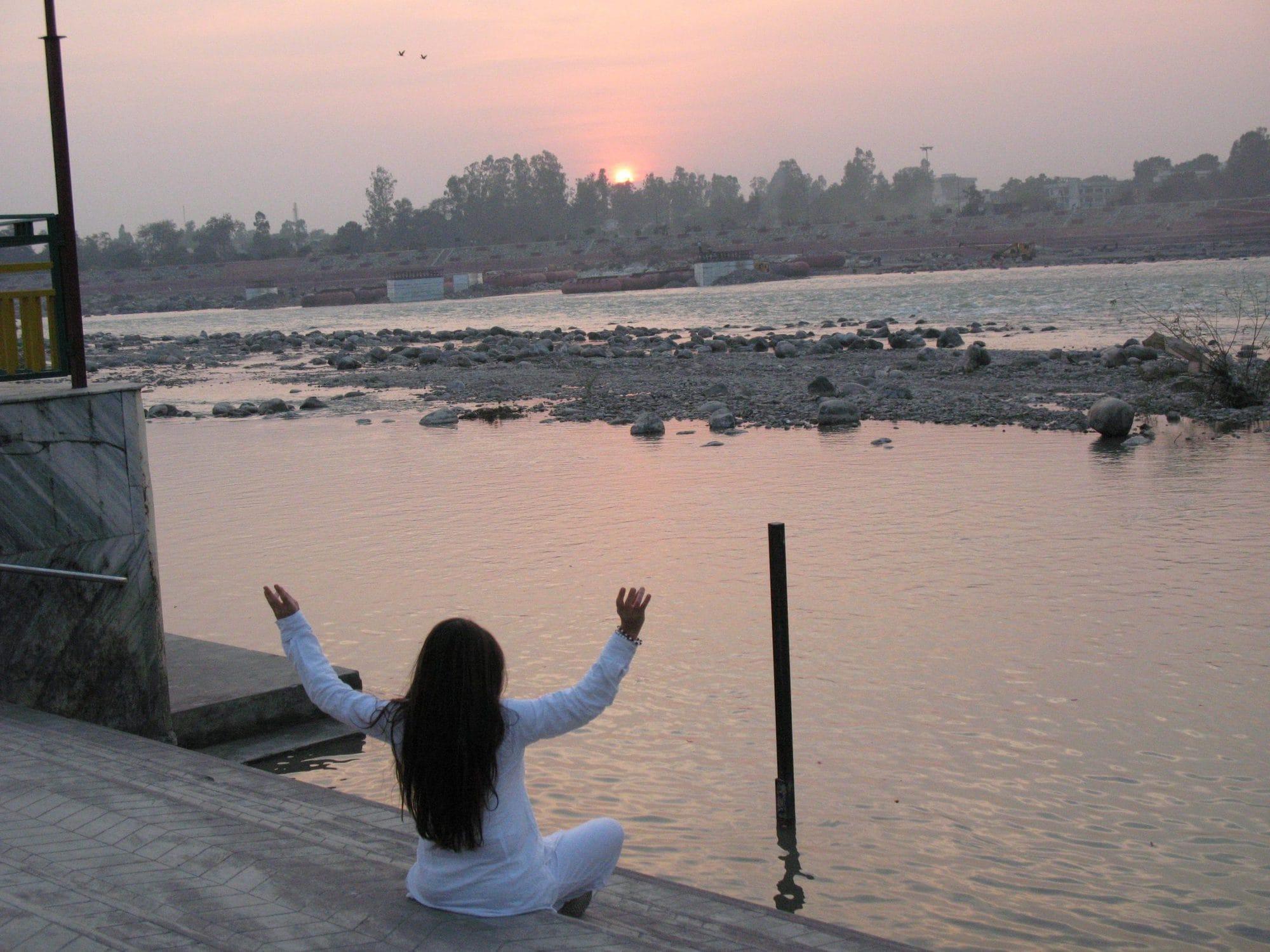 Kundalini Yoga with Satyaa | Satyaa & Pari · Retreats · Mantras