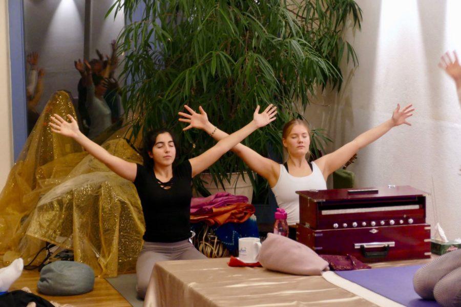 yoga-satyaa-mantra-celebration